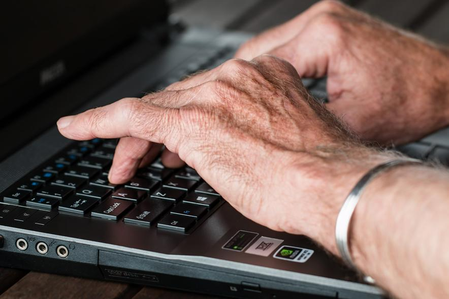 hands on keyboard