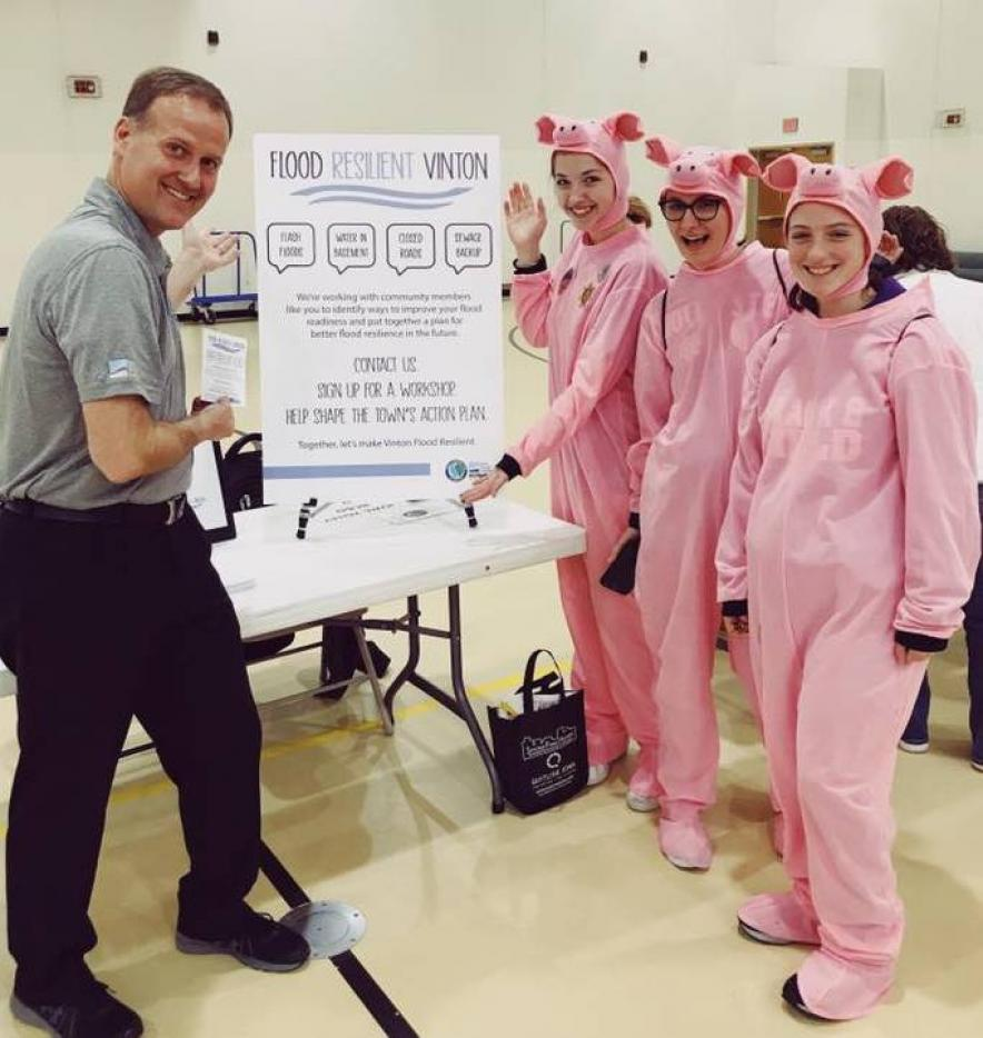 Craig Just and the three little pigs at the Benton County Health Fair