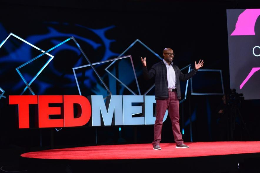 Leshner Fellow Kafui Dzirasa giving 2016 TEDMED talk on using electrical engineering to treat mental illness.