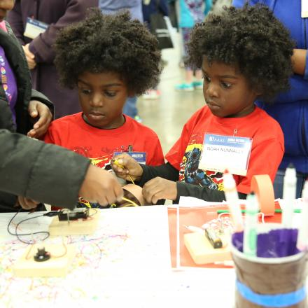 Children participate in Family Science Days at the 2018 AAAS Annual Meeting